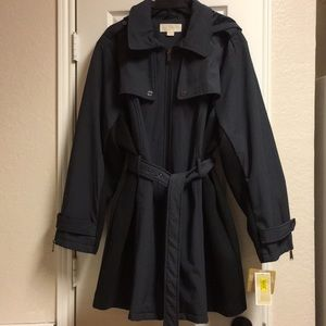 NWT size 3X raincoat by Michael Kors
